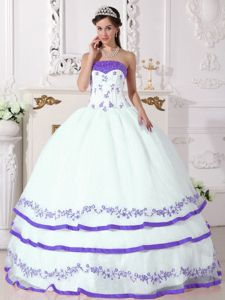Beaded White Organza Sweet 15 Dress with Lavender Appliques 2015