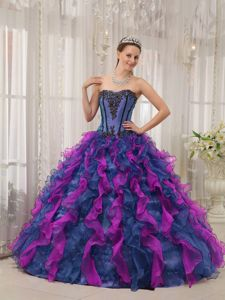 Nice Two-toned Ruffled Quinceanera Gown Dress with Appliques