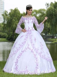 Lace Decorate Square White Sweet 16 Dresses with 3/4-length Sleeves